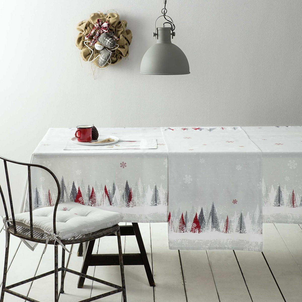 Χριστουγεννιάτικο Τραπεζομάντηλο (150×150) Nima Snowfall