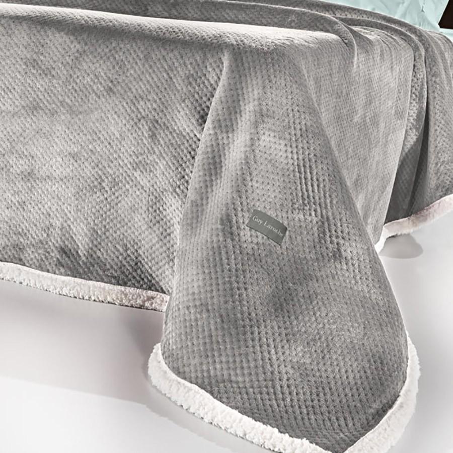 Κουβέρτα Fleece Υπέρδιπλη Με Γουνάκι Guy Laroche Serpa Smoke