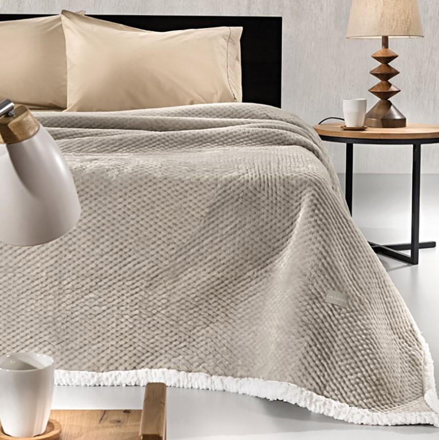 Κουβέρτα Fleece Υπέρδιπλη Με Γουνάκι Guy Laroche Serpa Camel