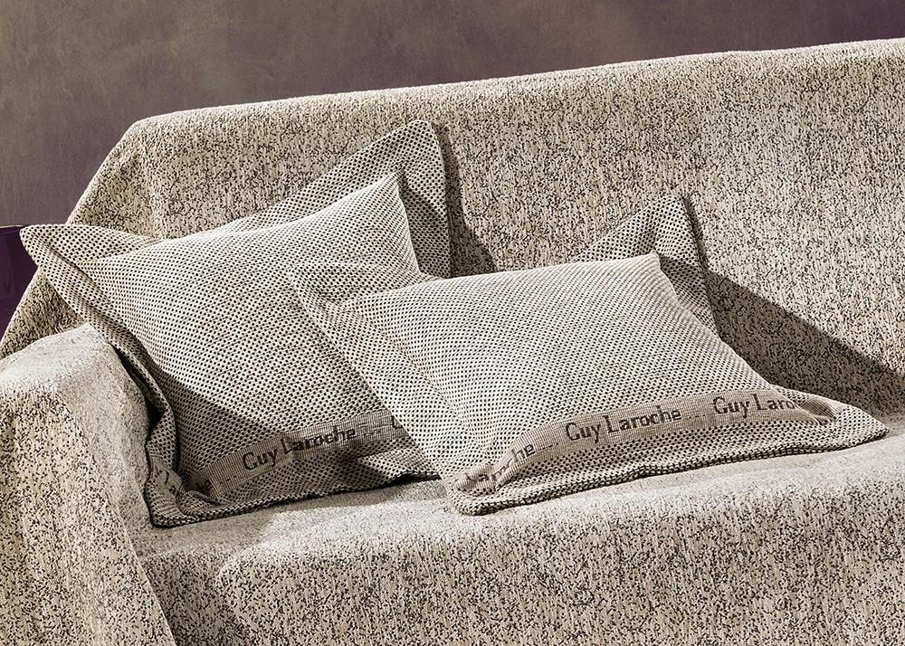 Διακοσμητική Μαξιλαροθήκη (40×40) Guy Laroche GA – BAL Sand
