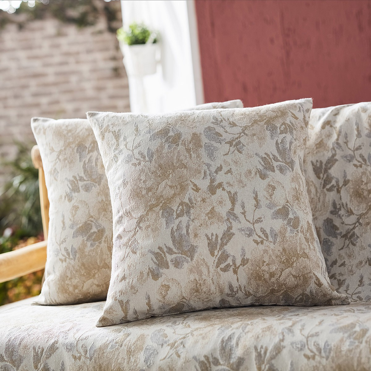 Διακοσμητική Μαξιλαροθήκη Gofis Home Bloomy Grey 628/14