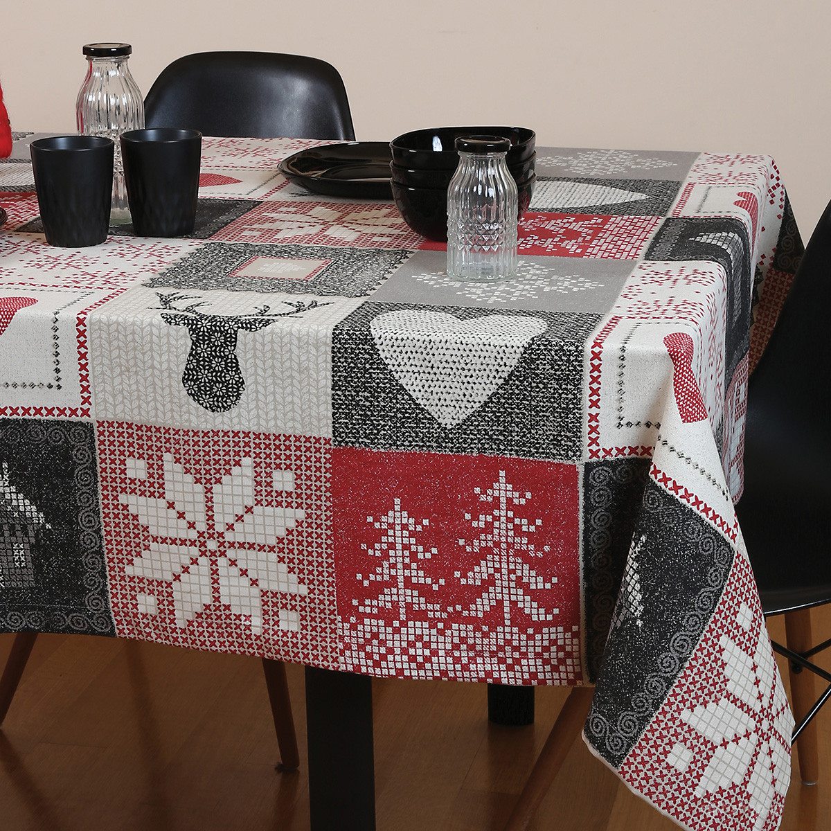 Χριστουγεννιάτικο Τραπεζομάντηλο (140×140) Nef-Nef Christmas Pat