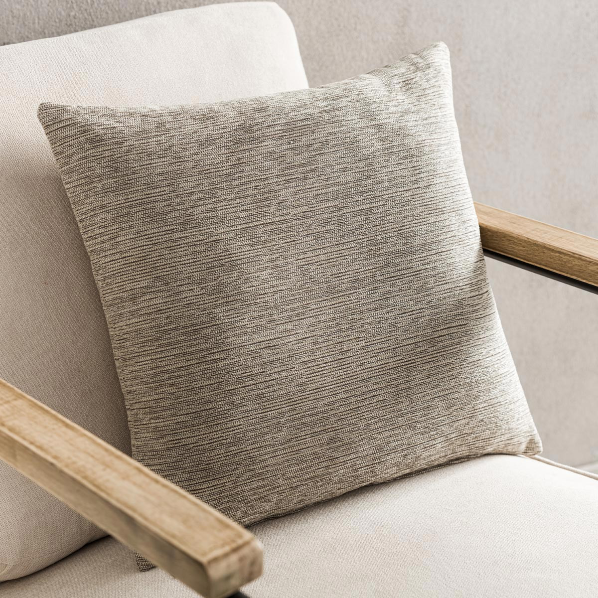 Διακοσμητική Μαξιλαροθήκη (50×50) Gofis Home Calma Brown 395A/13