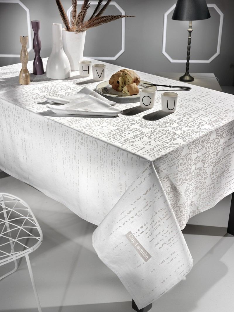 Τραπεζομάντηλο (160×250) Guy Laroche Vector Linen