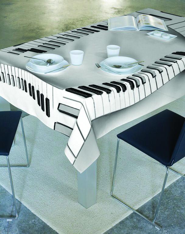 Τραπεζομάντηλο (160x250) Makis Tselios Piano