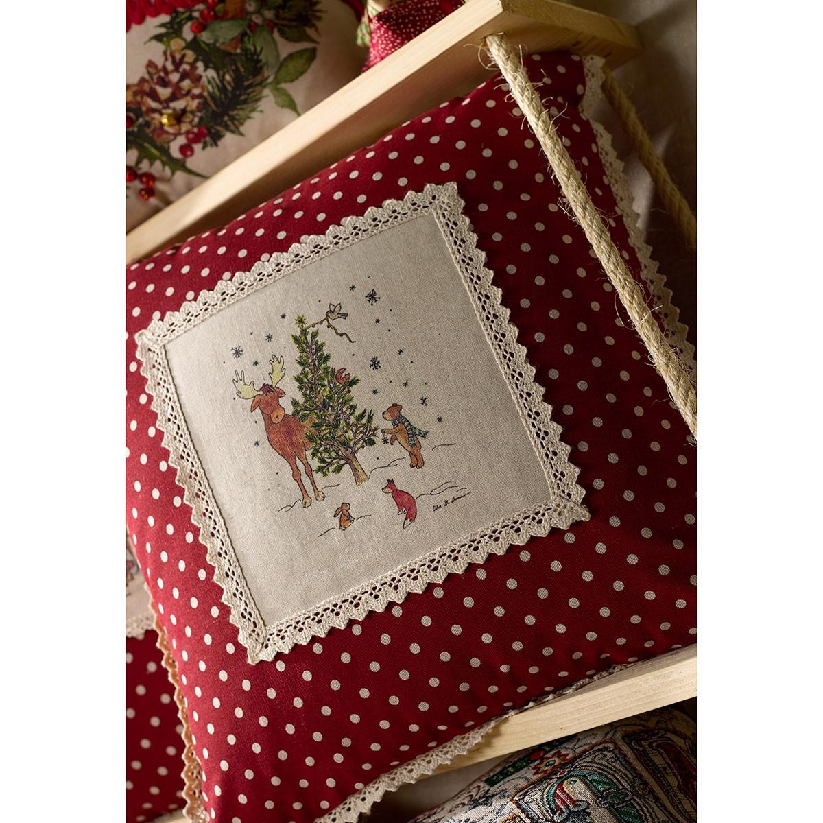 Χριστουγεννιάτικη Μαξιλαροθήκη Gofis Home Forest 878