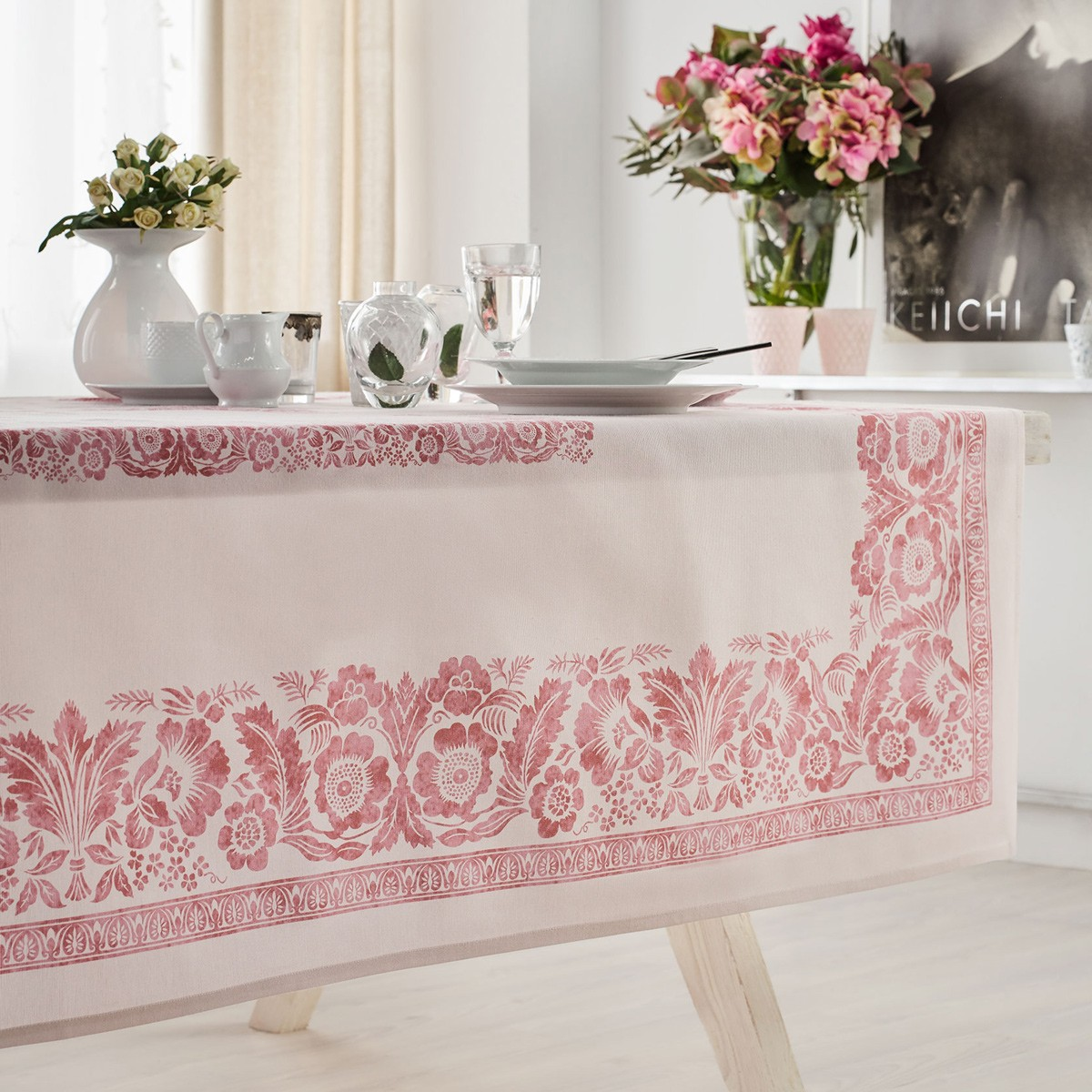 Τραπεζομάντηλο (135×135) Gofis Home Verano Pink 360/17