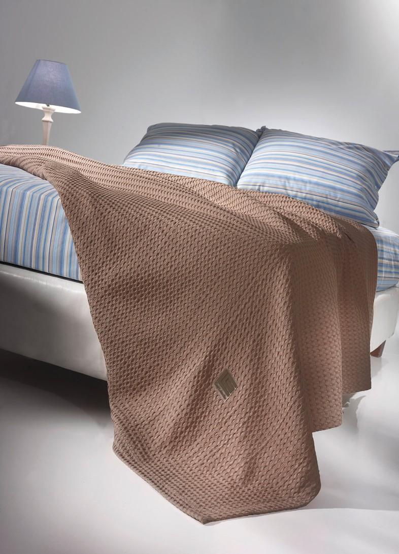 Κουβέρτα Πικέ Μονή Guy Laroche Crystal Choco